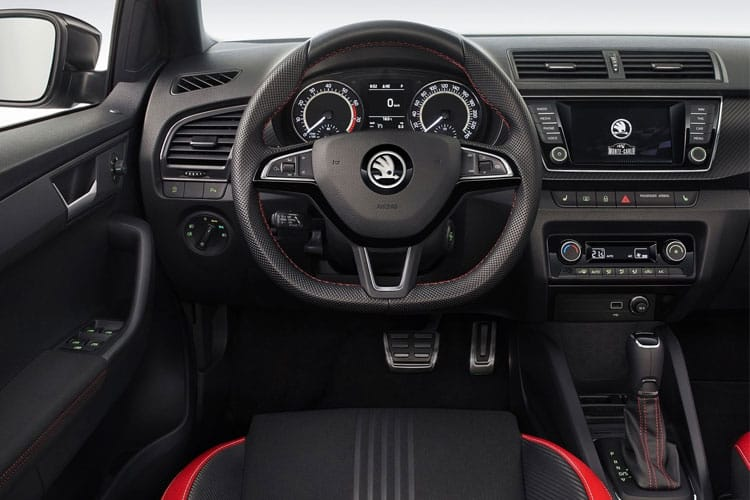 Skoda Fabia Hatch 5Dr 1.0  60PS SE 5Dr Manual [Start Stop] inside view